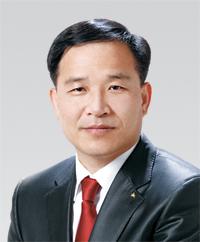 부동산학과 학과장 김동환 교수 사진